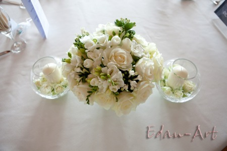 Kwiaty na stole Młodej Pary Przystań Olsztyn